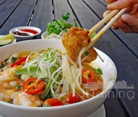 Vietnamese Snack Food Cafe